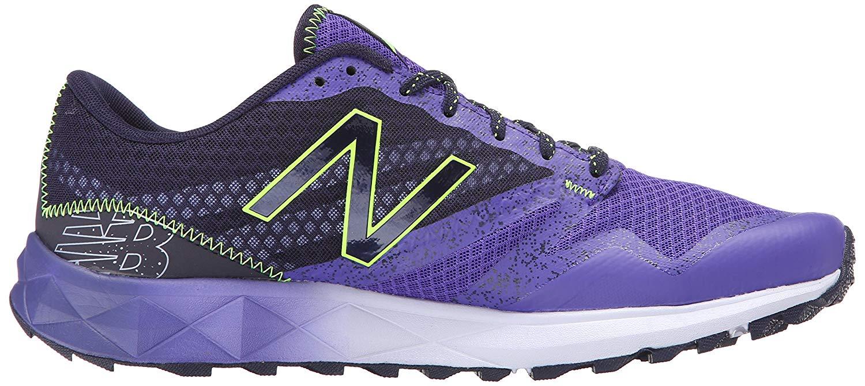 New Balance 690-2