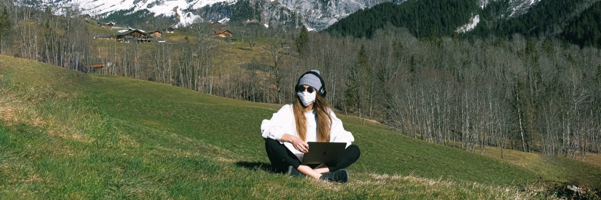 woman-wearing-face-mask-on-mountain-3943915